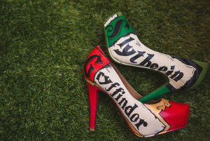 harry potter themed wedding shoes gryffindor and slytherin